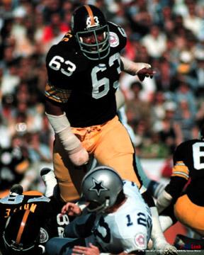 Former Pittsburgh Steelers defensive lineman Ernie Holmes
